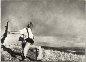 "Robert Capa's (American, born Hungary 1913-1954) ""The Falling Soldier,"" a gelatin silver print from 1936, is seen in this undated handout photo.  Source: The Metropolitan Museum of Art via Bloomberg News."